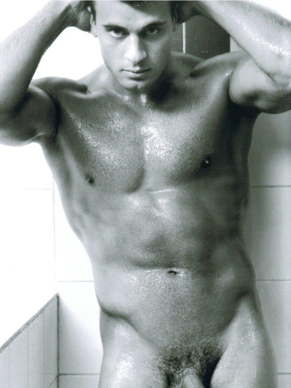 Frederic Deltour naked