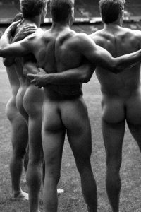 Smooth sportsmen butts Dieux stade 2007