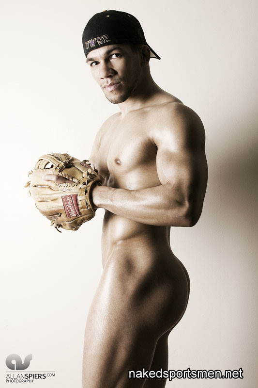 Sexy naked rugby players — photo 9