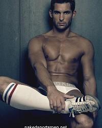 handsome sportsmen nude