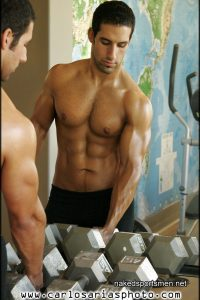 Hot hunk at gym nude